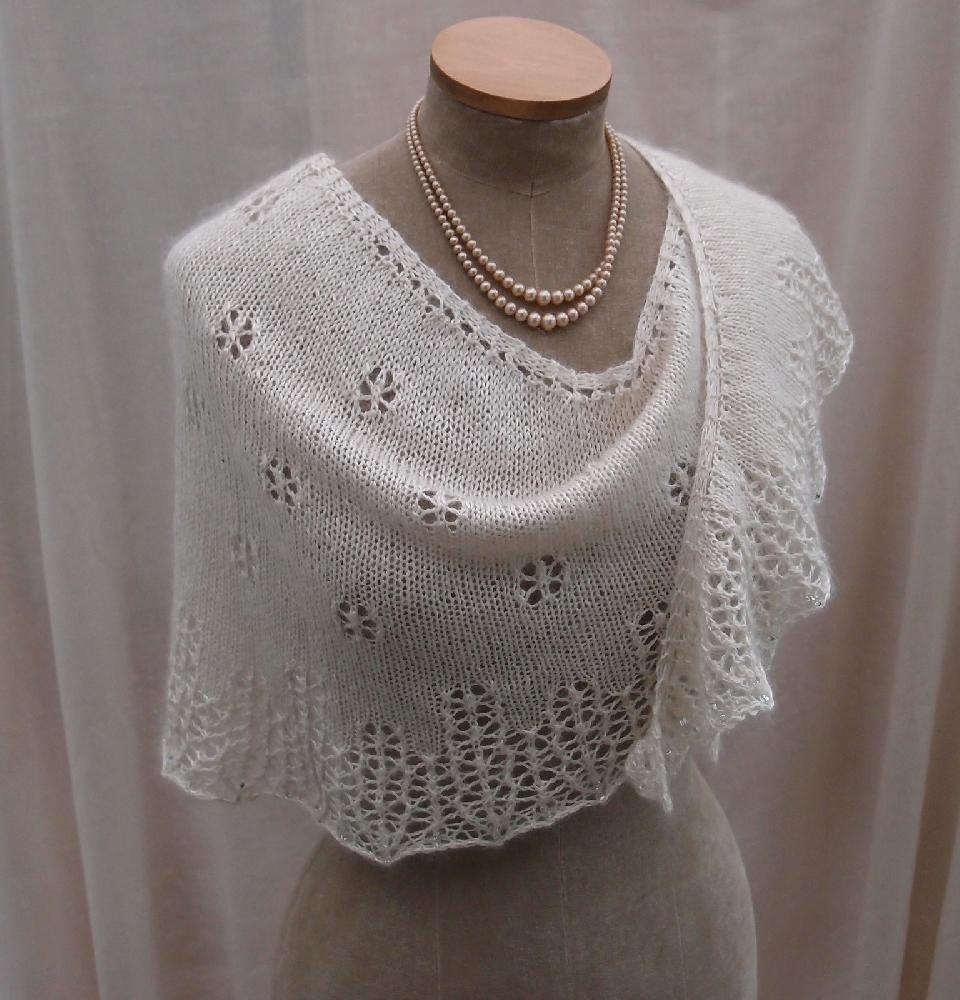 Snowflakes Amp Icicles Knitting Pattern By Sue Lazenby