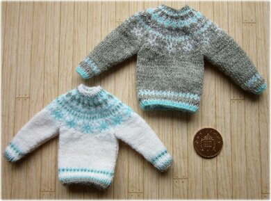1:12th scale snowflake sweaters