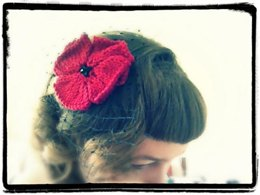 Knitted Poppy Fascinator