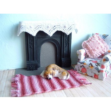 1:24th scale Mantel cover, cushion and rug