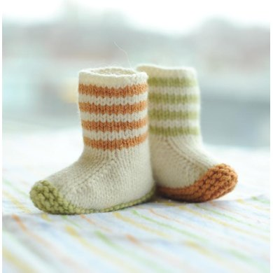 Lovebug Booties Knitting Pattern By Carrie Bostick Hoge Knitting