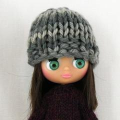 Angelina Hat for Petite Blythe