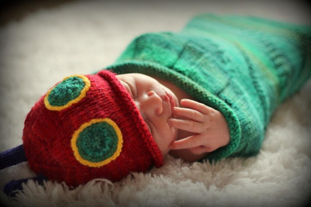 Knitted Hungry Caterpillar Sleep Sack and Hat Knitting pattern by kisalovell ...