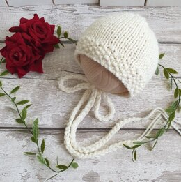 Easy Classic Baby Bonnet in seed stitch