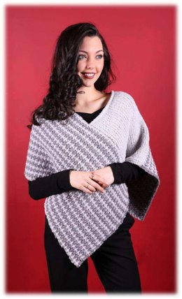 Women's Poncho in Plymouth Yarn Arequipa Boucle - 2995 - Downloadable PDF