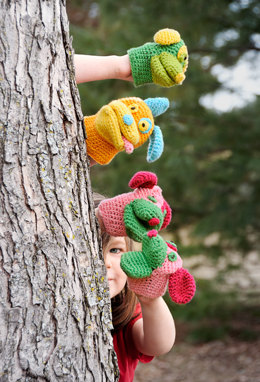 Pack O' Puppies Mitts in Spud & Chloe Sweater - 9514 (Downloadable PDF)
