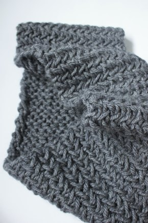 Chunky Herringbone Snood Cowl Infinity Scarf Knitting Project By