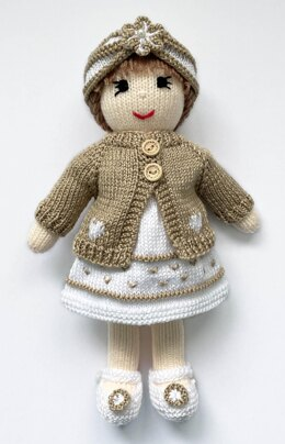 Dolls clothes knitting pattern - 19074