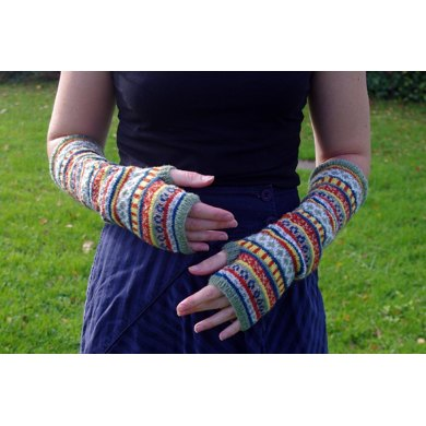 Circus tent arm warmers