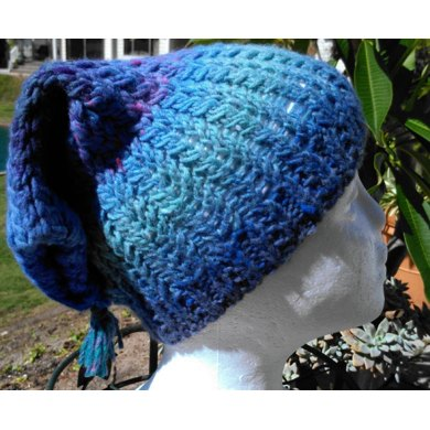 Mirror Twist Cable Flap Hat
