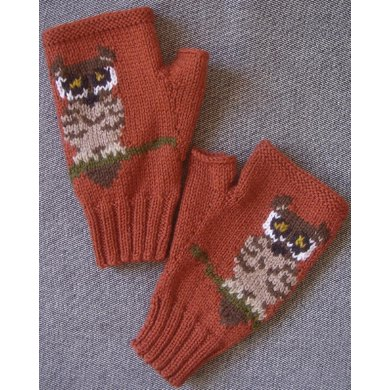 Tiny Owl fingerless gloves/mitts Knitting pattern by Twisted ...