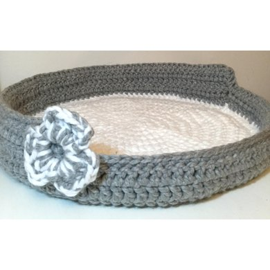 Knitting Patterns For Pet Beds : Chunky Crochet Cat / Pet Bed Basket Crochet pattern by Knitting & Crochet...