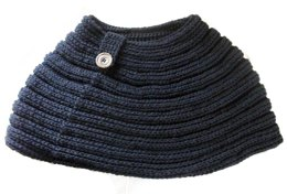 Knit-Look Ribbed Cowl