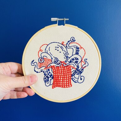 Hook Line & Tinker Industrious Octopus Embroidery Kit - 6in