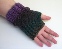 One Skein Easy Ribbed Fingerless Gloves