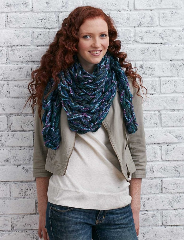 Arm Knit Triangular Kerchief in Bernat Soft Boucle