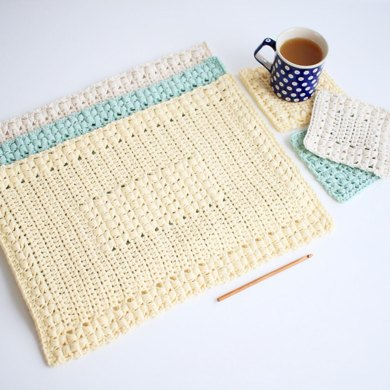 Sunny Hollow Placemat and Coaster Set