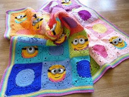 Baby minion inspired blanket