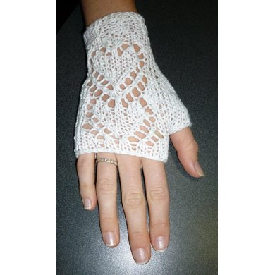 Lacy Hearts Wedding Fingerless Gloves