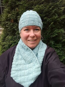 Icy Textures Cowl