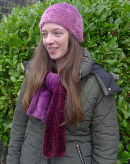 Hat and Scarf in Wendy Fur Evolution - Downloadable PDF