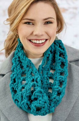 Sumptuous Cowl in Red Heart Sweet Home - LW6471 - Downloadable PDF