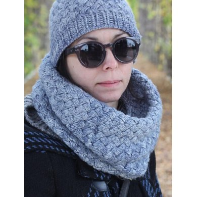 Obsession Cowl