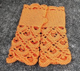 Lacy Fingerless Mitts Gloves