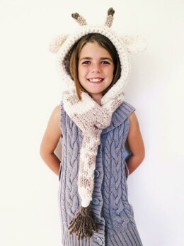 Georgie the Giraffe Hooded Scarf