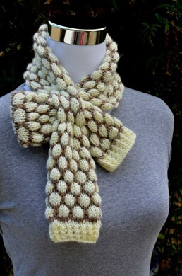 Shaded Bobble Stitch Scarf ( Keyhole / Ascot / Pull-Through / Vintage / Stay On Scarf Knitting Pattern )