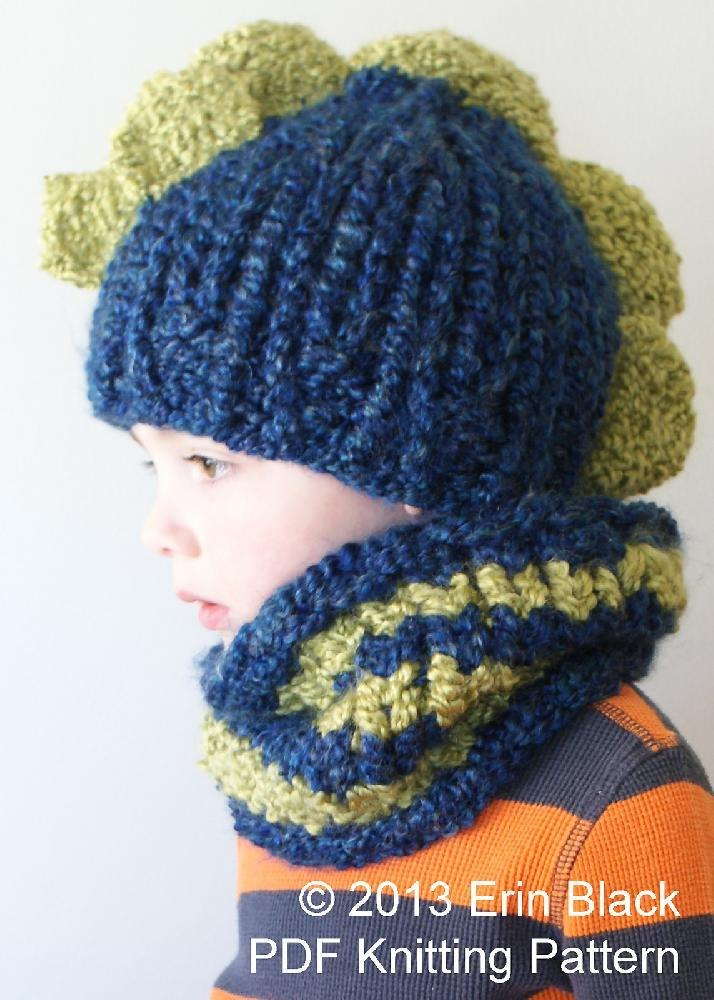 Chunky Dinosaur Hat and Cowl Knitting pattern by Midknits 85077b02ebb