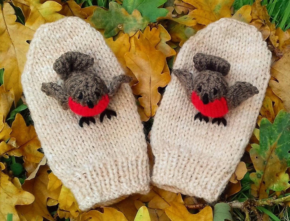 Christmas Robin Mittens Knitting Pattern By Needles Pins