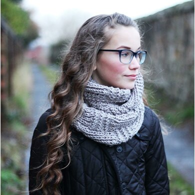 Clay infinity scarf