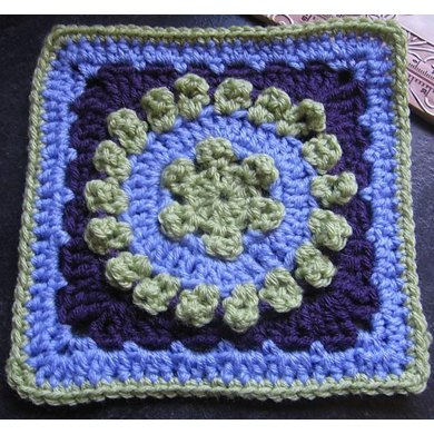 "Dog Days Afghan 9"" Beginner Block with 7"" Hexagon"