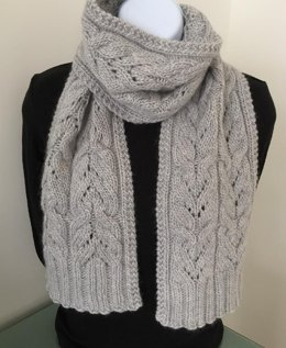 The Heartflower Cabled Scarf