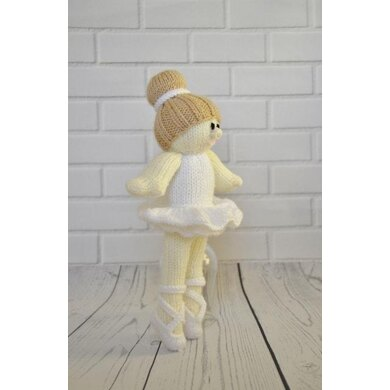 Ballerina doll free crochet pattern, softies rag doll crochet free ... | 390x390