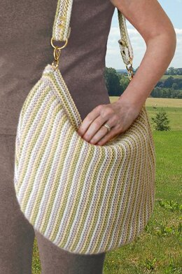 Crescent Hobo Bag to Knit