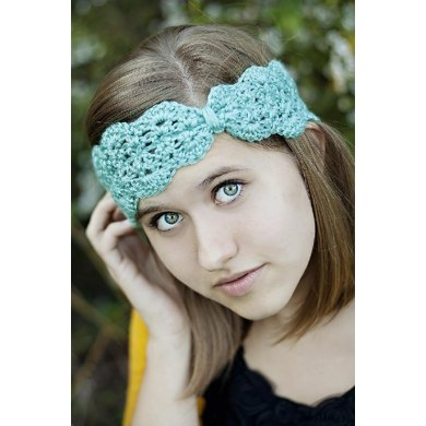 Scallops And Lace Turban Headband Crochet Pattern By Lindsay Haynie