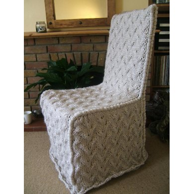 Travelling Cable Chair Cover with Piping