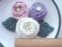 Knitted Rose and Leaves   Knitting Pattern 220