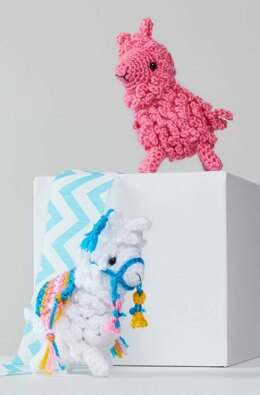 Larry & Linda Crochet Llama in Red Heart Amigurumi - LM6284 - Downloadable PDF