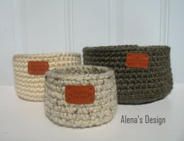 Easy Crocheted Baskets