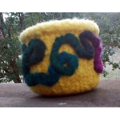 Snippets Catcher Felted Bowl