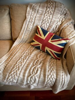 Cosy Cables Blanket
