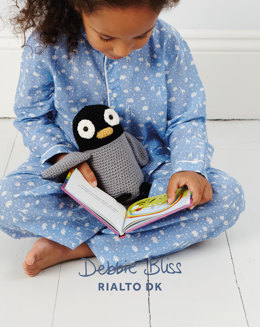 Perry The Penguin Toy in Debbie Bliss Rialto DK - DB131