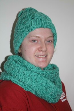 127b820a2ae5f Lacy Shells Hat and Scarf Knitting pattern by Tat sgran s Treasures