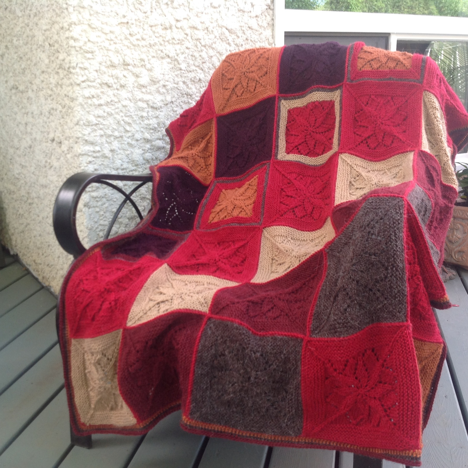 Vivid Blanket from Tincan Knits knitting project by Tambi ...