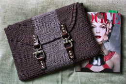 Metro Laptop Case in Imperial Yarn Bulky 2 Strand - PC19 - Downloadable PDF
