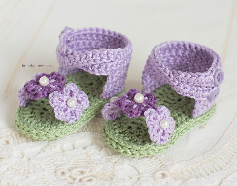 English Violet Baby Sandals Crochet pattern by Olivia Kent
