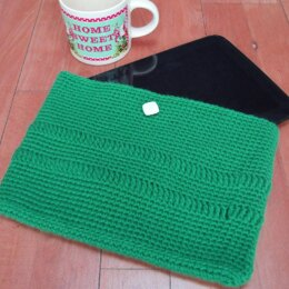 "Large tablet/iPad (10"") cover crochet pattern"